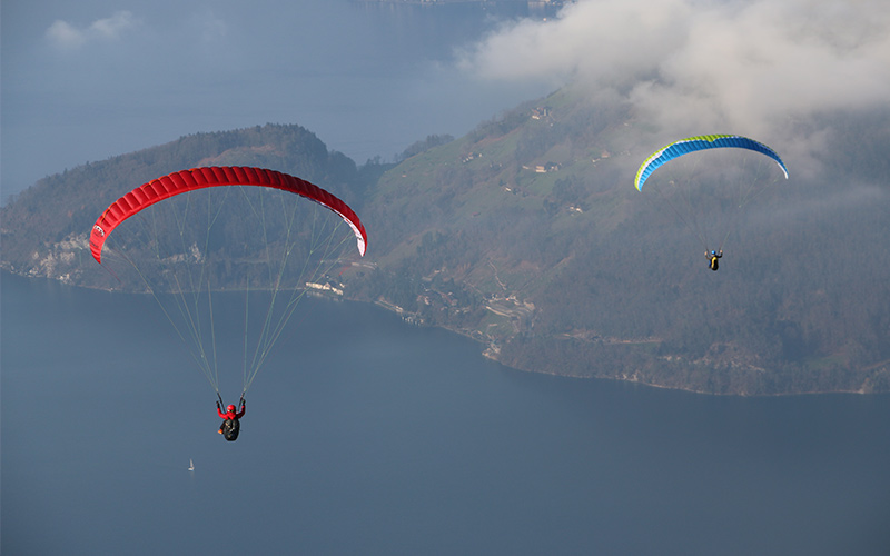 Thomas Paragliding above Lake Lucerne